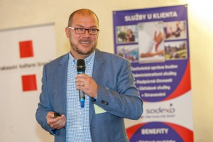 """Na konferenci Food Waste 2015"""" Od teorie k praxi představil Daniel Čapek ze společnosti Sodexo projekt, díky němuž se bude méně plýtvat potravinami. Foto: Radim Beznoska"""